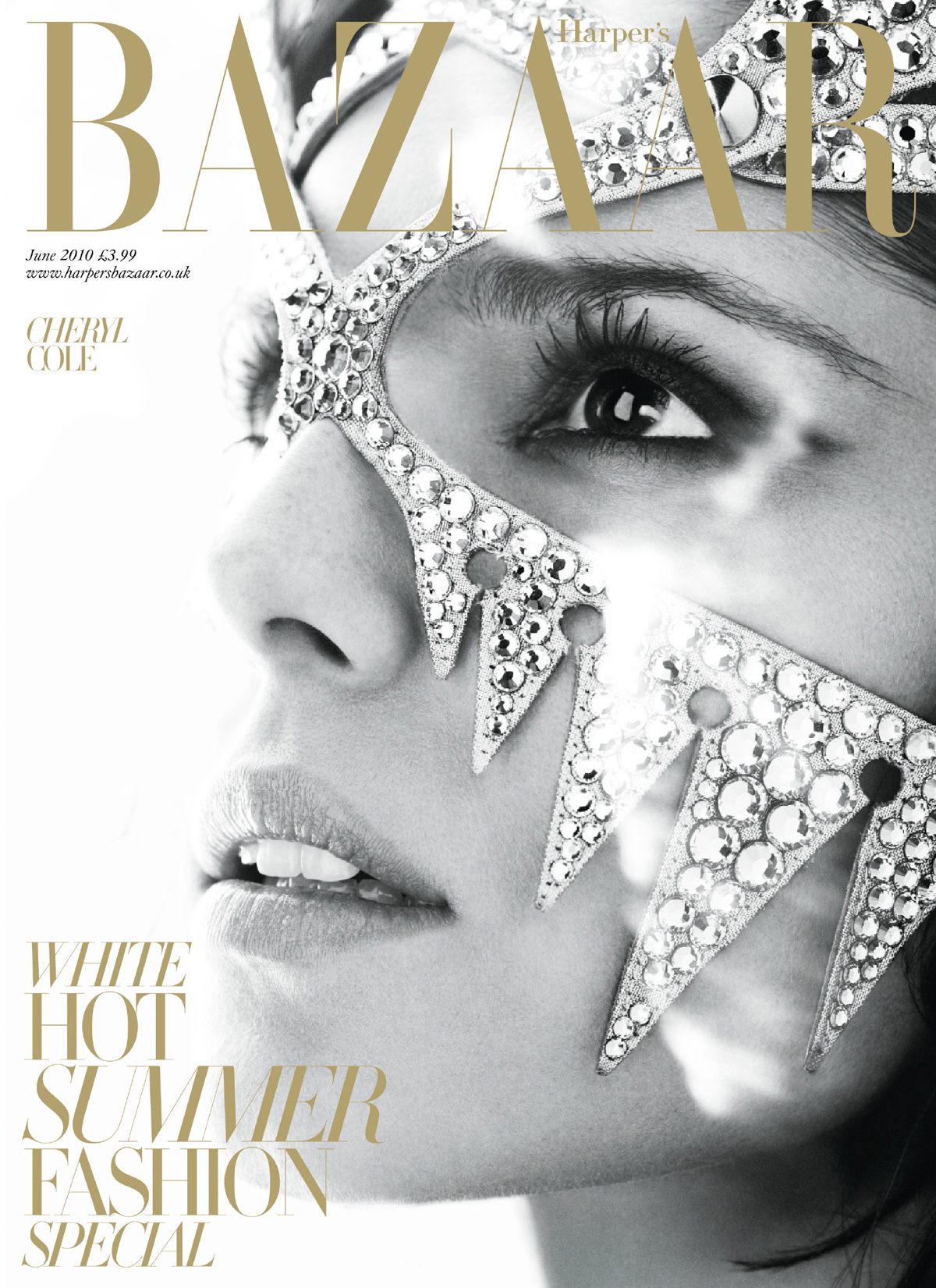 house-of-usher-harpers-bazaar-magazine-07