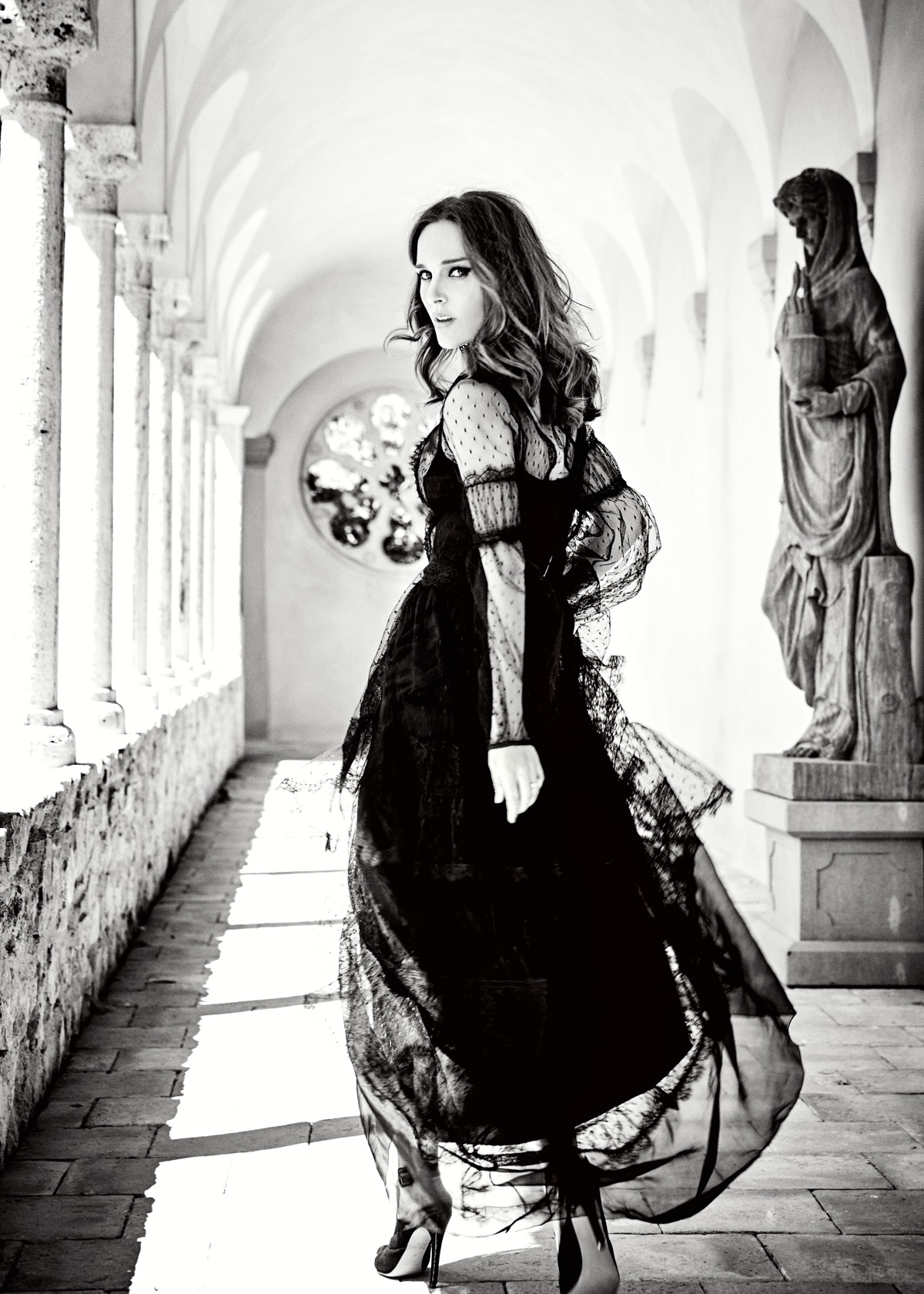 House Of Usher Natalie Portman by Ellen Von Unwerth 02
