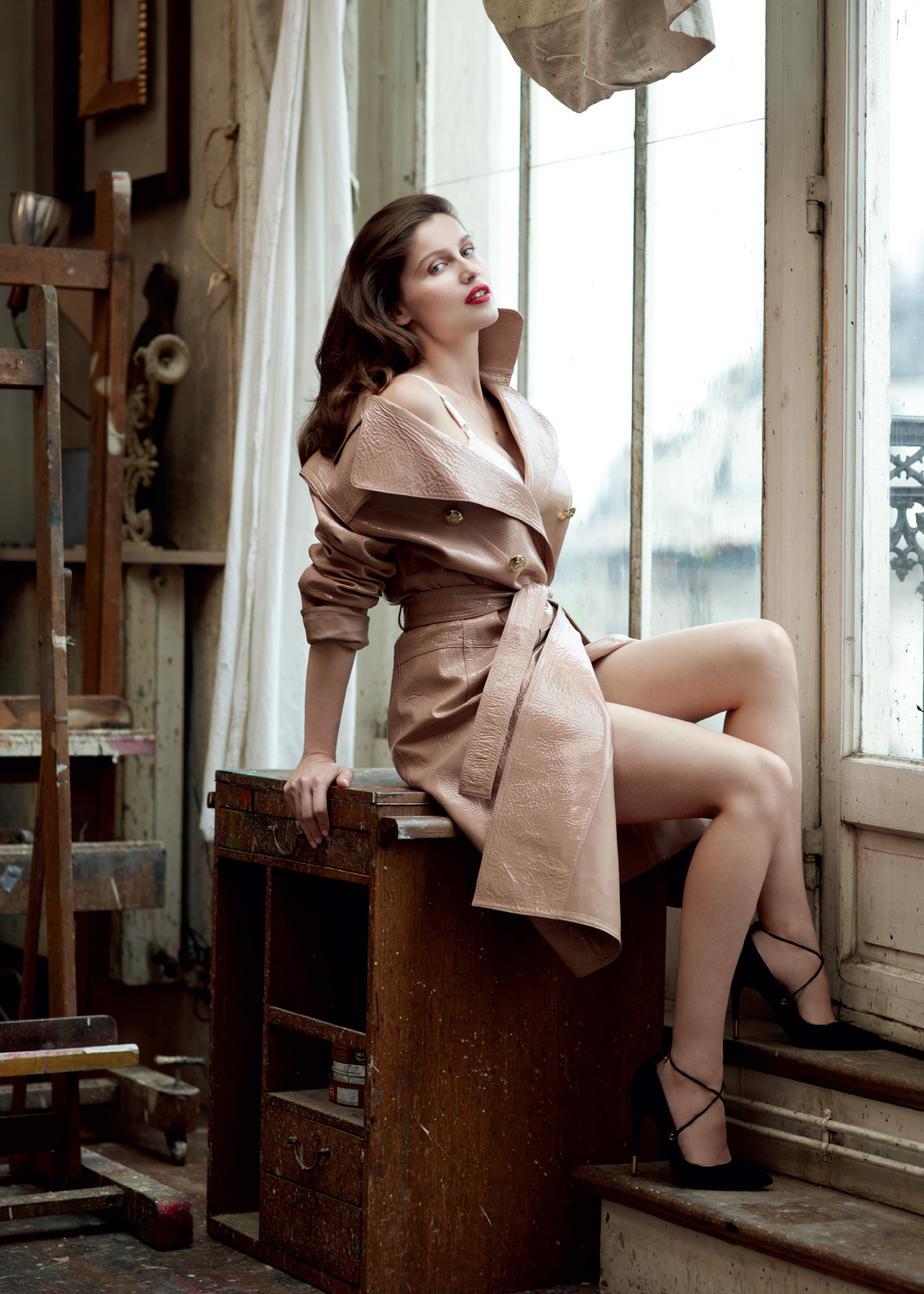 House Of Usher Laetitia Casta by Sebastian Faena 02